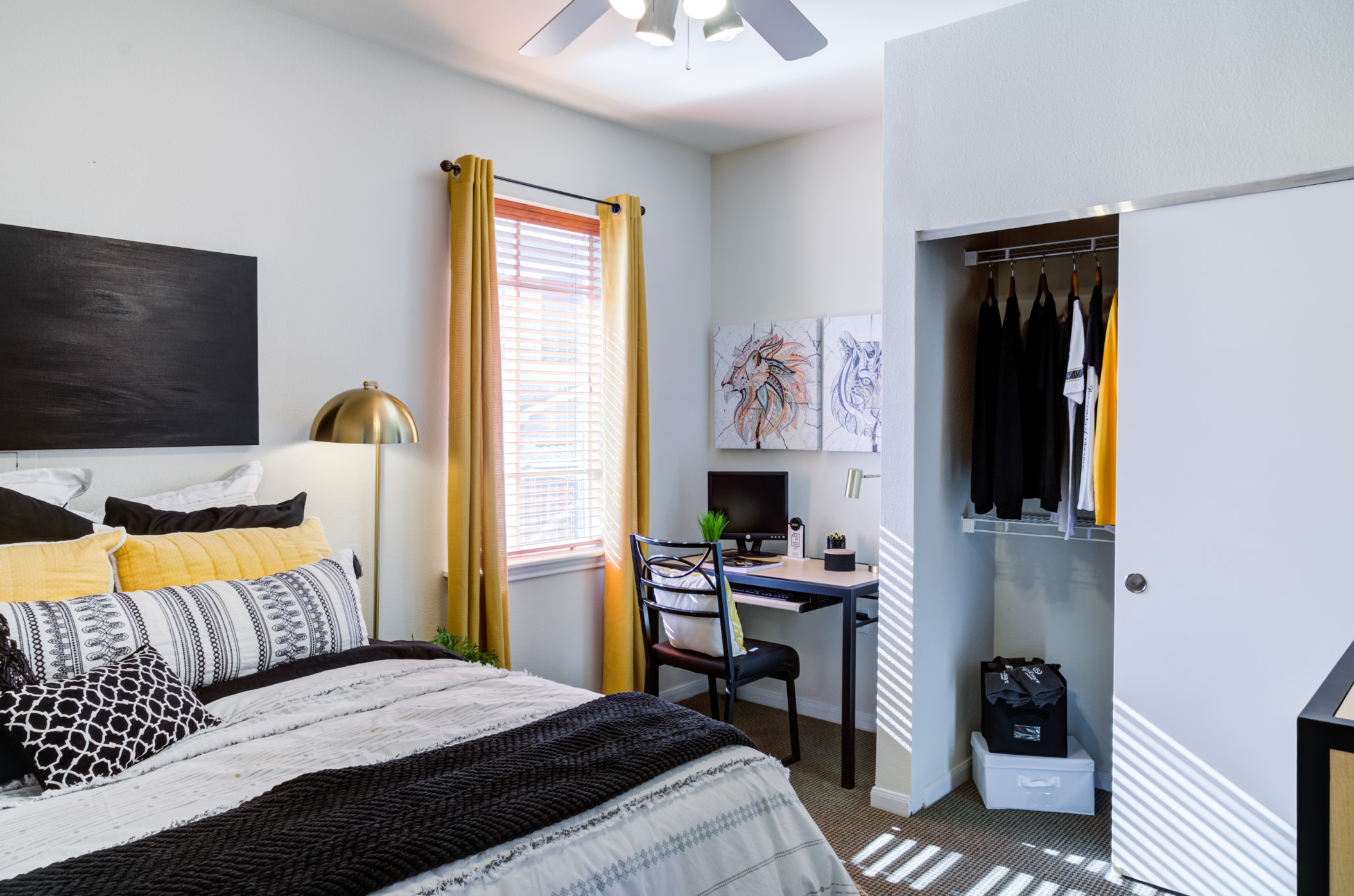 The Quarters Columbia | Bedroom